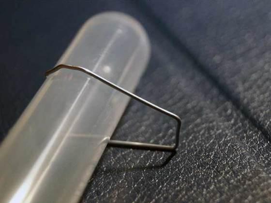 Einfacher Reagenzglashalter günstig hergestellt